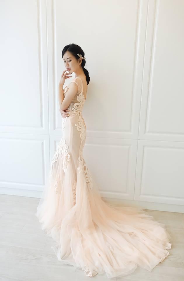 粉橘色圖騰裸紗禮服 - 愛情蔓延精緻婚紗 - 台中婚紗 | 禮服出租 | 婚紗推薦