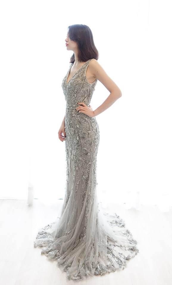 璀璨銀灰亮片禮服- 愛情蔓延精緻婚紗 - 台中婚紗 | 禮服出租 | 婚紗推薦