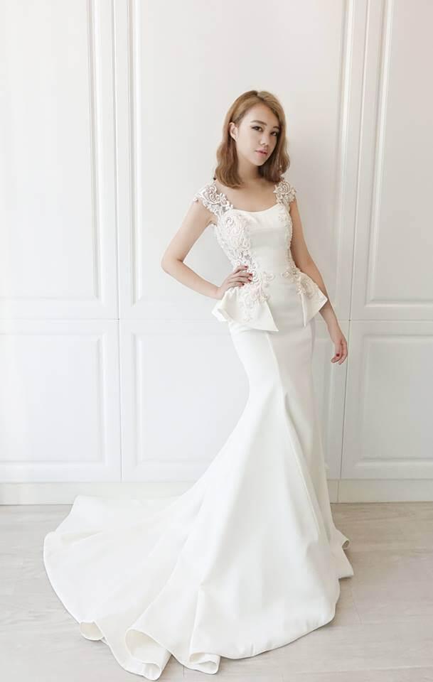 宮廷圖騰全緞二穿白紗- 愛情蔓延精緻婚紗 - 台中婚紗 | 禮服出租 | 婚紗推薦