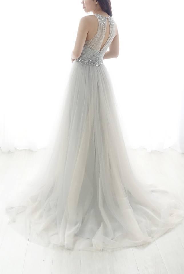 2018 冰霧灰系列 - 愛情蔓延精緻婚紗 - 台中婚紗 | 禮服出租 | 婚紗推薦