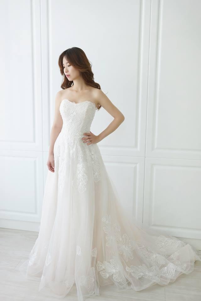 典雅粉嫩花朵類白紗 - 愛情蔓延精緻婚紗 - 台中婚紗 | 禮服出租 | 婚紗推薦