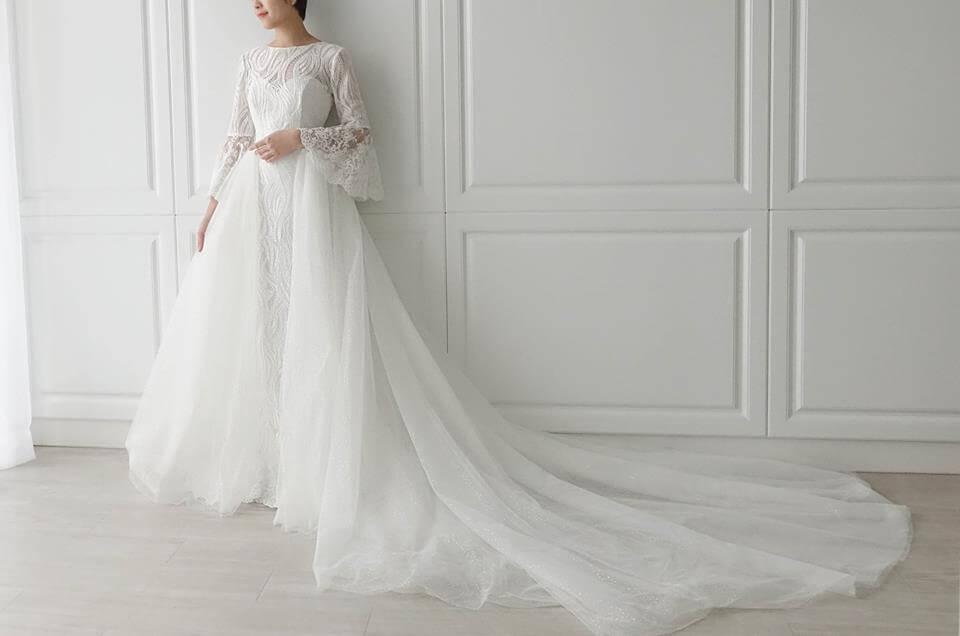 特色兩穿式蕾絲水袖白紗 - 愛情蔓延精緻婚紗 - 台中婚紗 | 禮服出租 | 婚紗推薦