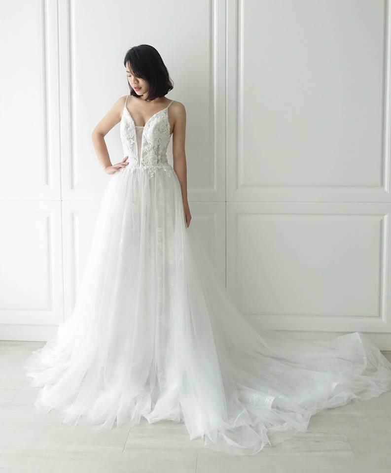 浪漫細肩深V裸 - 愛情蔓延精緻婚紗 - 台中婚紗 | 禮服出租 | 婚紗推薦