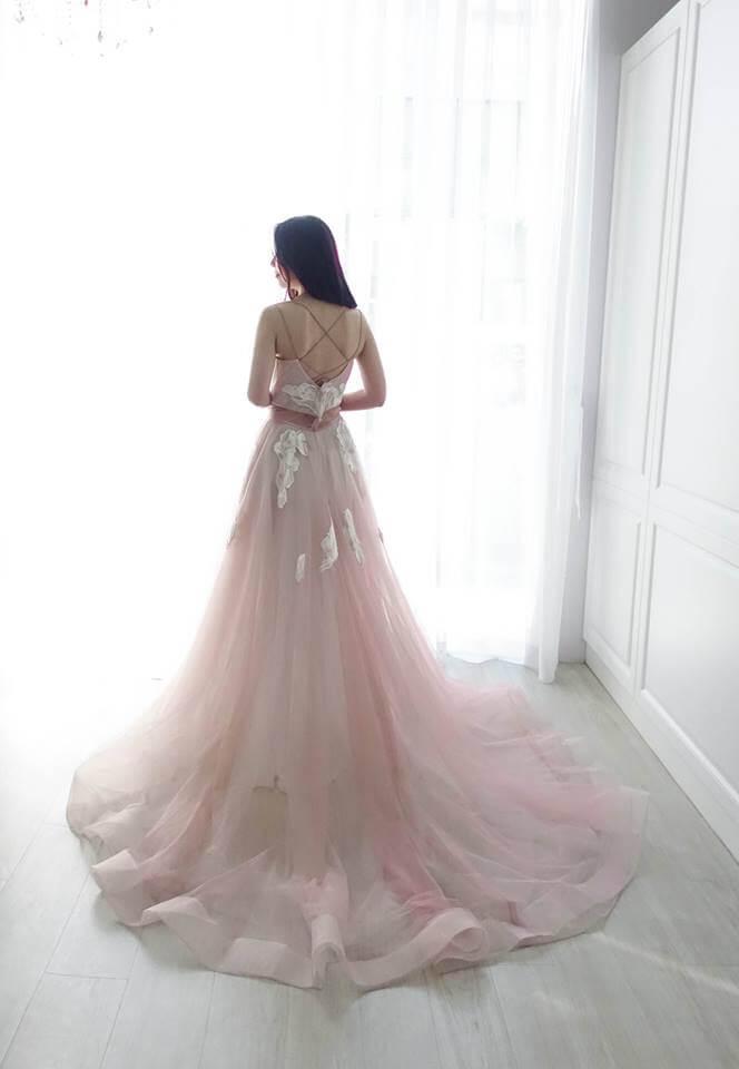 甜美豆沙粉細肩 - 台中婚紗 | 禮服出租 | 婚紗推薦