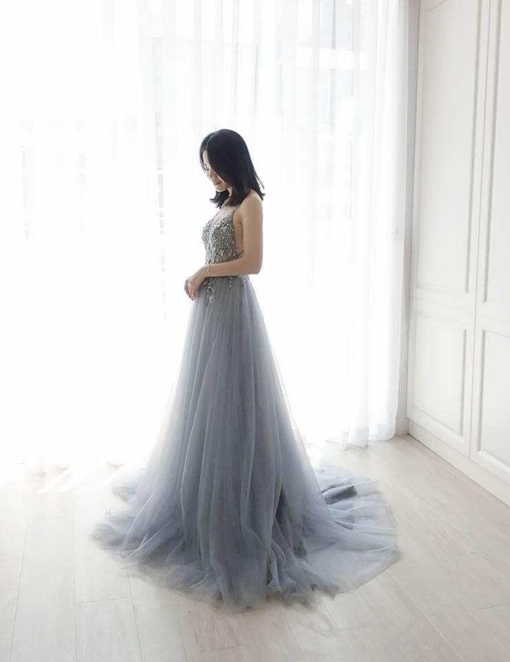冷霧色細肩帶深V禮服 - 台中婚紗 | 禮服出租 | 婚紗推薦