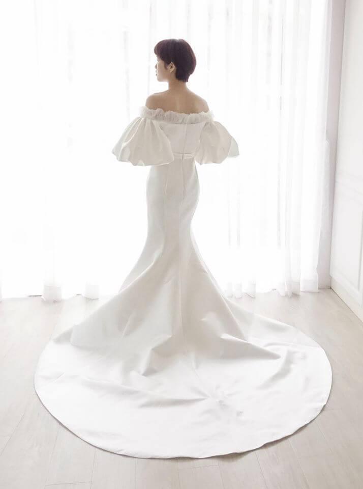 復古泡芙袖緞面白紗 - 台中婚紗 | 禮服出租 | 婚紗推薦